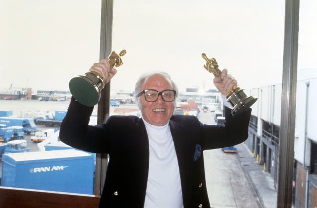 Richard Attenborough and Oscars – Heathrow Airport