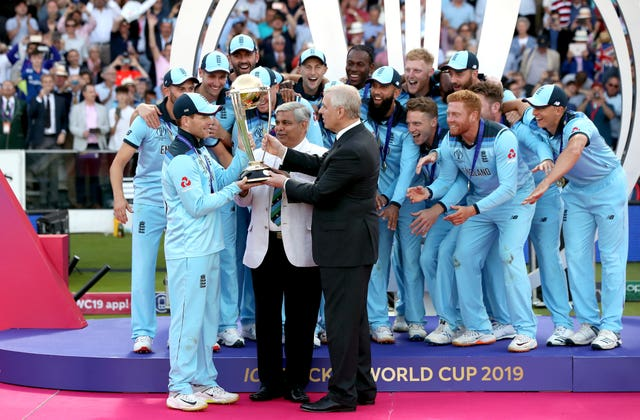 Prince Andrew presents the World Cup to England's Eoin Morgan