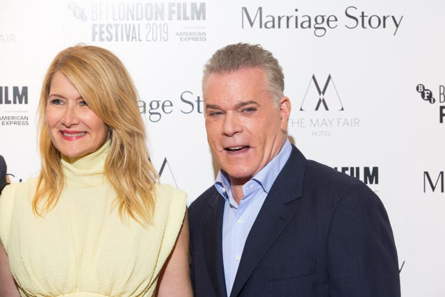 Laura Dern and Ray Liotta