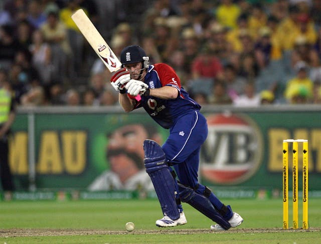 Paul Collingwood's unbeaten century guided England to victory in Melbourne