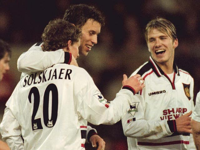 Ole Gunnar Solskjaer, left, celebrates scoring against Nottingham Forest