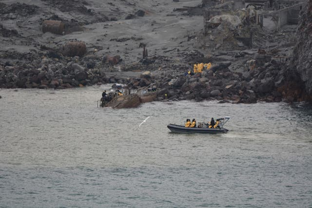 Six bodies taken off volcanic White Island