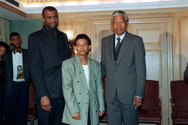Nelson Mandela with Neville Lawrence and Doreen Lawrence (Fiona Hanson/PA)