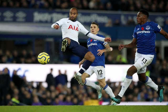 Image result for lucas moura vs everton