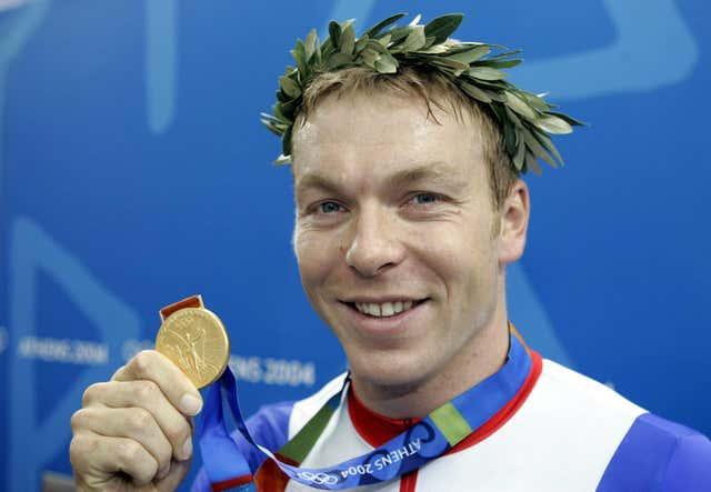 Chris Hoy celebrates his Gold medal