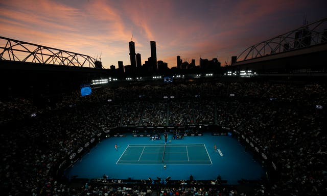 The sun sets over Nadal and Kyrgios