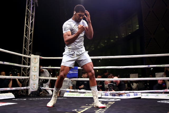 Anthony Joshua takes part in a public work-out on Tuesday