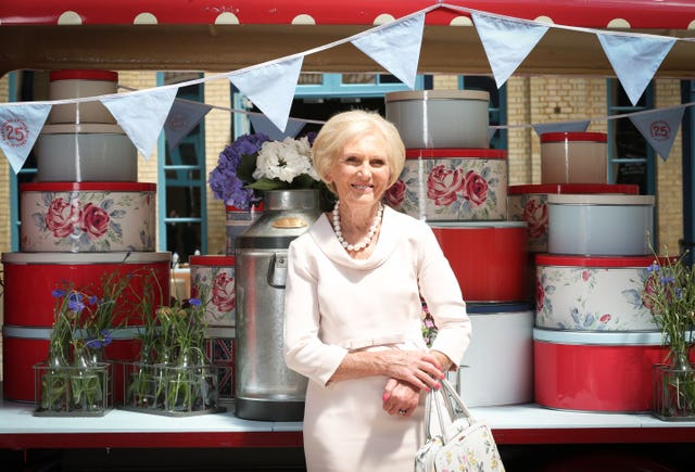 Cath Kidston Largest Cream Tea Party