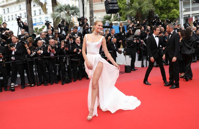 Model Toni Garrn in Cannes