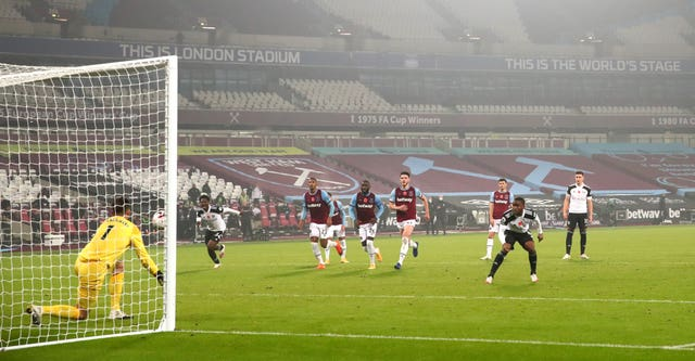 Fulham's Ademola Lookman was left red faced when his panenka in stoppage time at West Ham was easily saved by Lukasz Fabianski in a painful 1-0 defeat