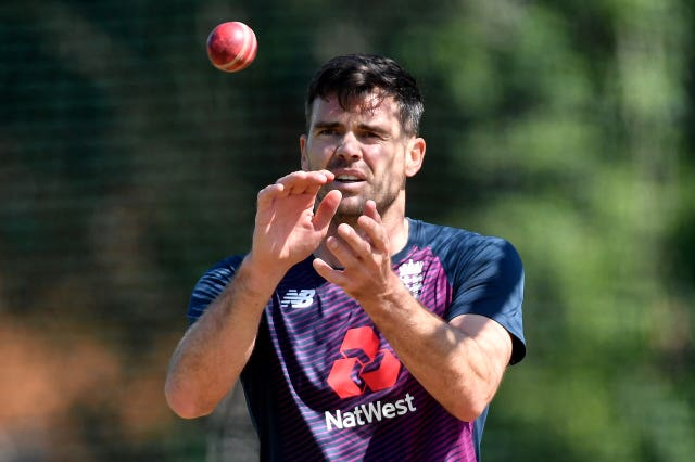 James Anderson returns to England bowling duty