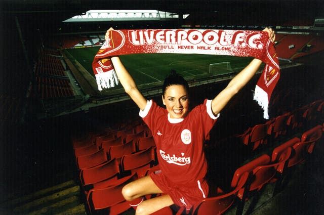 Sporty Spice / Liverpool kit