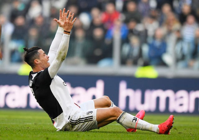 Cristiano Ronaldo became the first Juventus player since David Trezeguet in 2005 to score for nine Serie A matches running after he netted a brace as Juventus beat Fiorentina 3-0