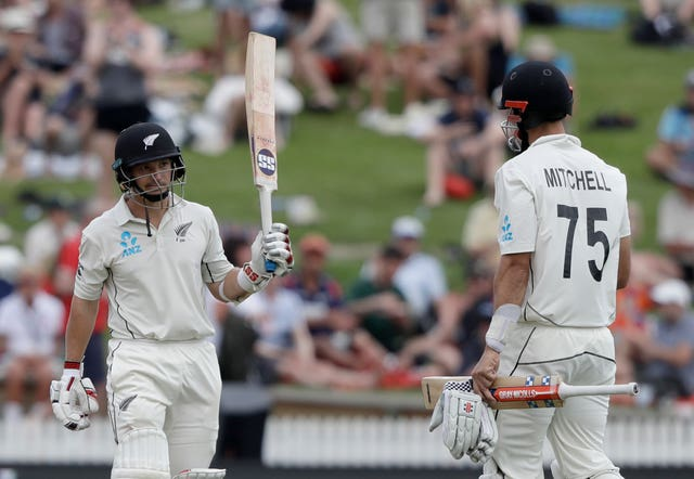 New Zealand's BJ Watling and Daryl Mitchell