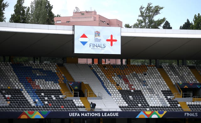 Netherlands squad walkaround and press conference – Estadio D. Afonso Henriques