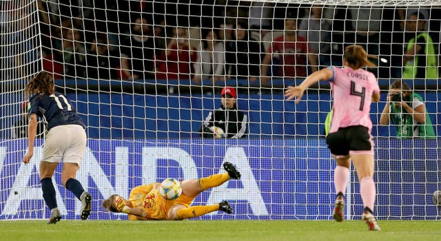 Lee Alexander saved Florencia Bonsegundo's initial penalty