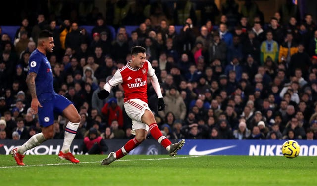 Gabriel Martinelli scores Arsenal's first equaliser