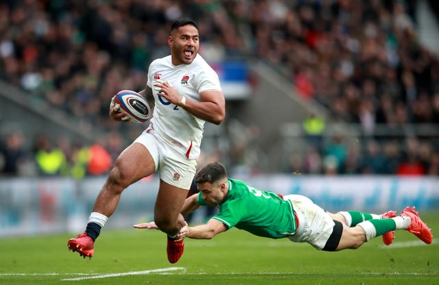 Manu Tuilagi impressed at outside centre after returning from a minor groin strain