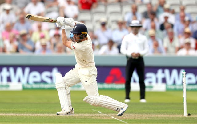 Leach hits for four at Lord's