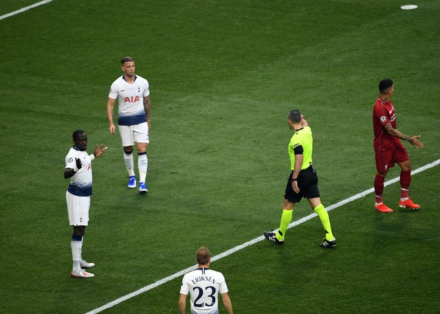 Moussa Sissoko (left) concedes a penalty resulting in the opening goal